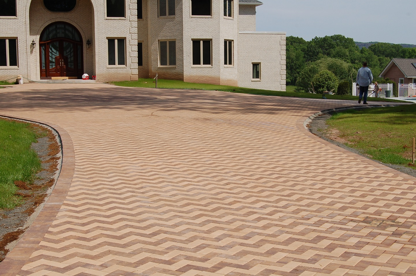 Top qualtiy driveway pavers in Newington, CT