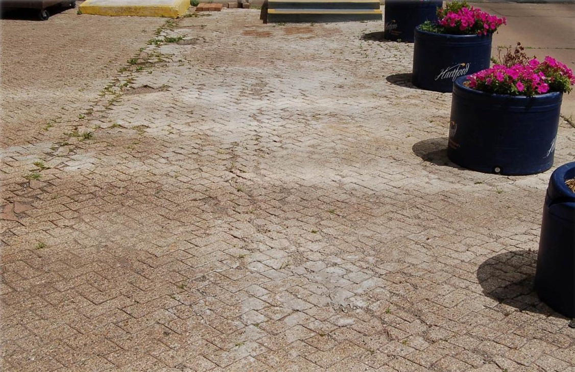Driveway in Newington CT - before