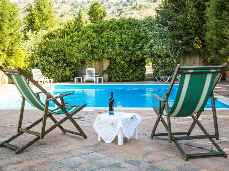 VILLA ANTICA - TAORMINA - 3 BEDROOMS - 3 BATHWEEKLY PRICE FROM €1,615
