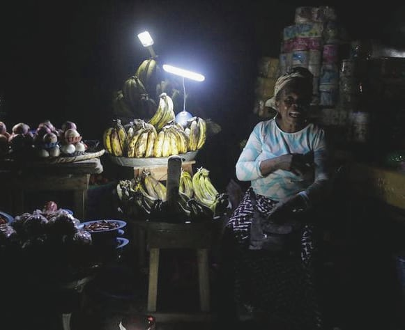People used to have to pay $70 a month to fuel their generators, now Nigerian communities in rural areas pay $15 a month for off grid solar!! ⚡🌞Cheaper and cleaner electricity is on its way for millions of people without energy access thanks to the work of NGOs and local governments.  Here, solar power is enough to generate two or three hours of TV, running fans, burning light bulbs and charging phones meaning that businesses are opened for longer, and students have more time to review their studies. 💡Cheaper electricity also means more flexible financing options. . . . #SDG7 #power#economy #sustainability#PjT #greenenergy #education #sustainability #renewableenergy #development #africa #Nigeria #energy #socialactiom #projecttsehigh #Solar #solarpower Taken from Forbes