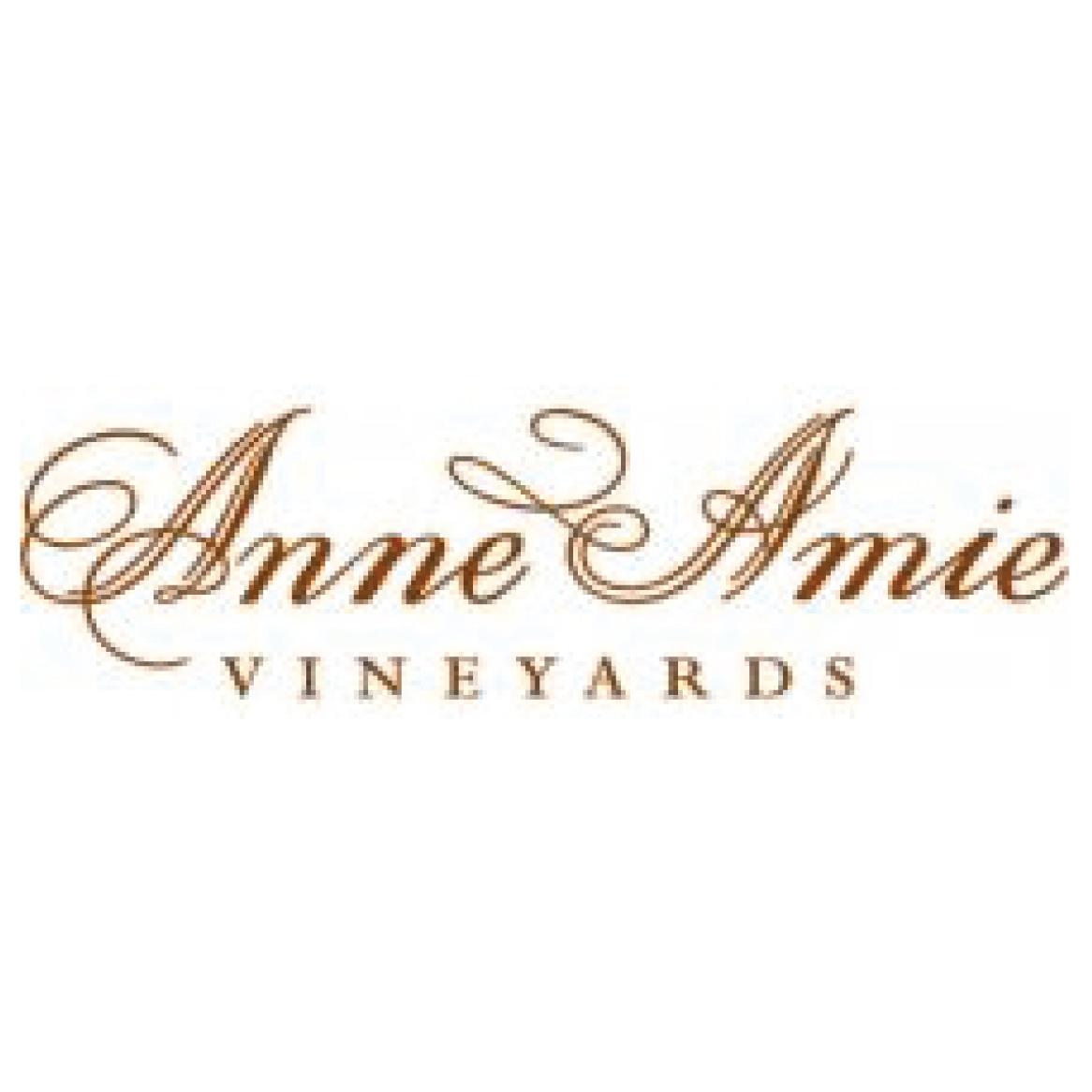 Anne+Amie-01.jpg