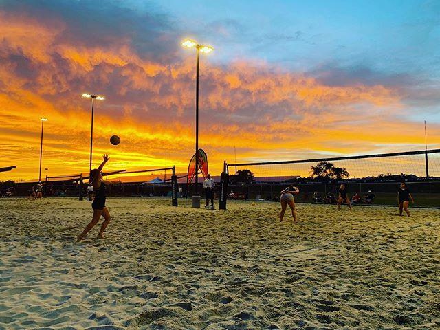⭐️2019 Hot Summer Nights Tournament ⭐️Saturday July 27th . Sign up at www.desertsandvolleyball.com!! 12u , 14u , 16u , 18u. #beach #dsvforlife #dsv #tuscon #ilovebeachvolleyball #morebeach