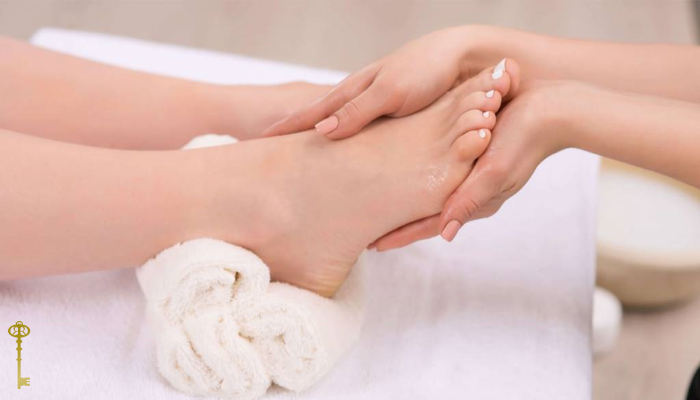 Spa Pedicure - 60 mins* Includes foot and leg massage + heated conditioning mask, in addition to perfectly polished pedicure.