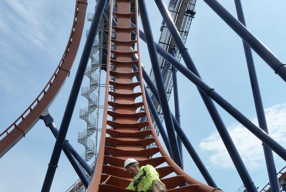 Cedar Point Valravn 2.jpg