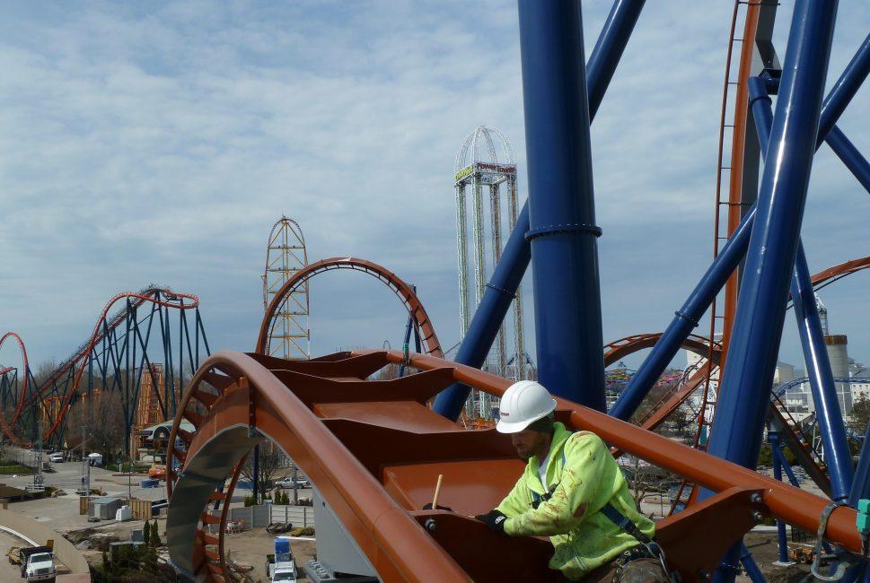 Cedar Point Valravn 3.jpg
