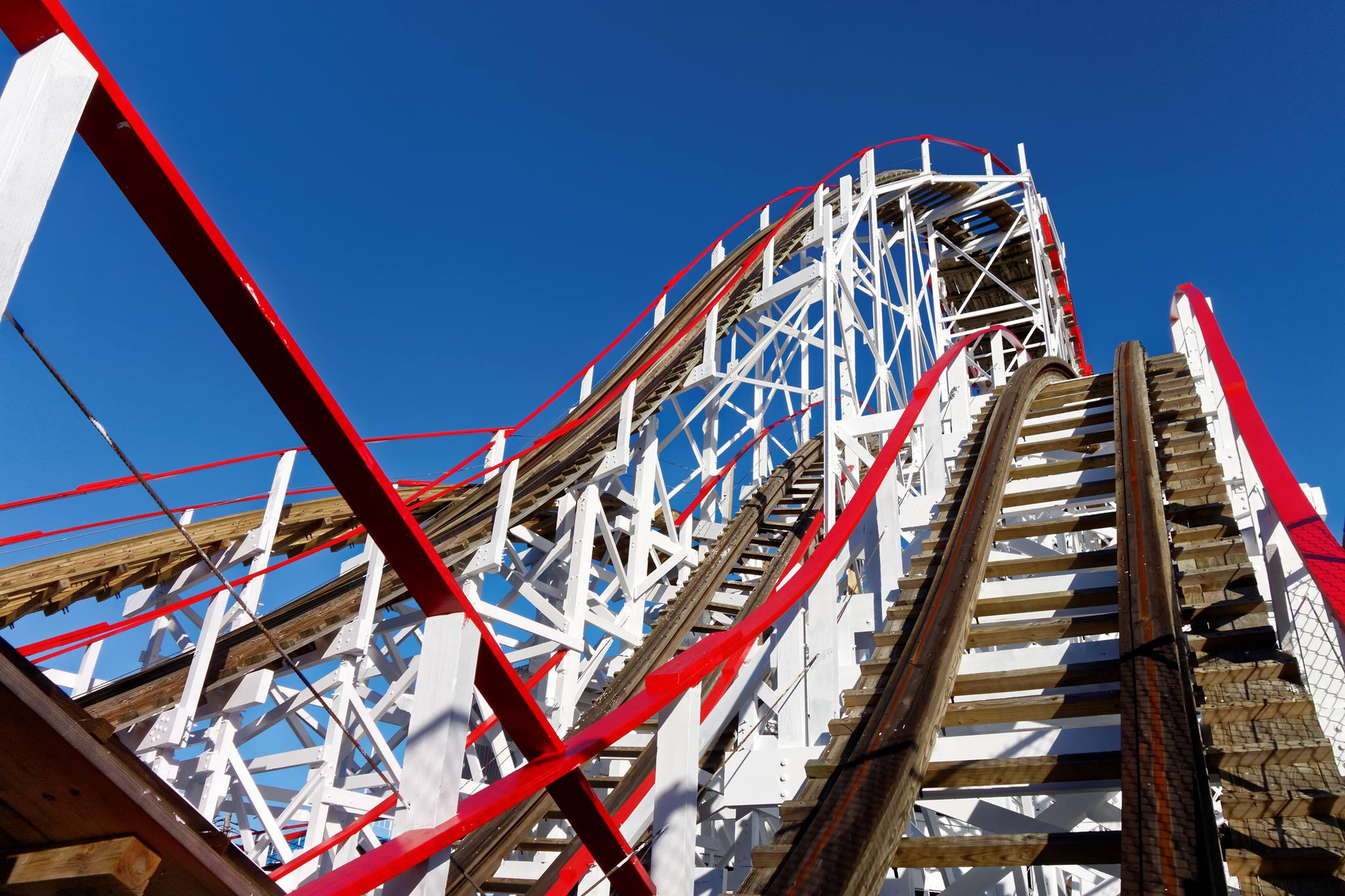 red white coaster.jpg