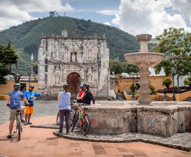 There's some pretty cool stuff to see out around the Antigua Valley!  Settled by the Spanish in the early 1500's Antigua was the capital this part of the world. Throw you leg over a bike and come check it out with us! #antiguavalley #sangaspar #bikeguatemalacom #oldtownoutfitters #epicguatemala #adventureguatemala #antiguabicyclecoop #communitybasedtourism #sustainabletravel #sustainabletourism