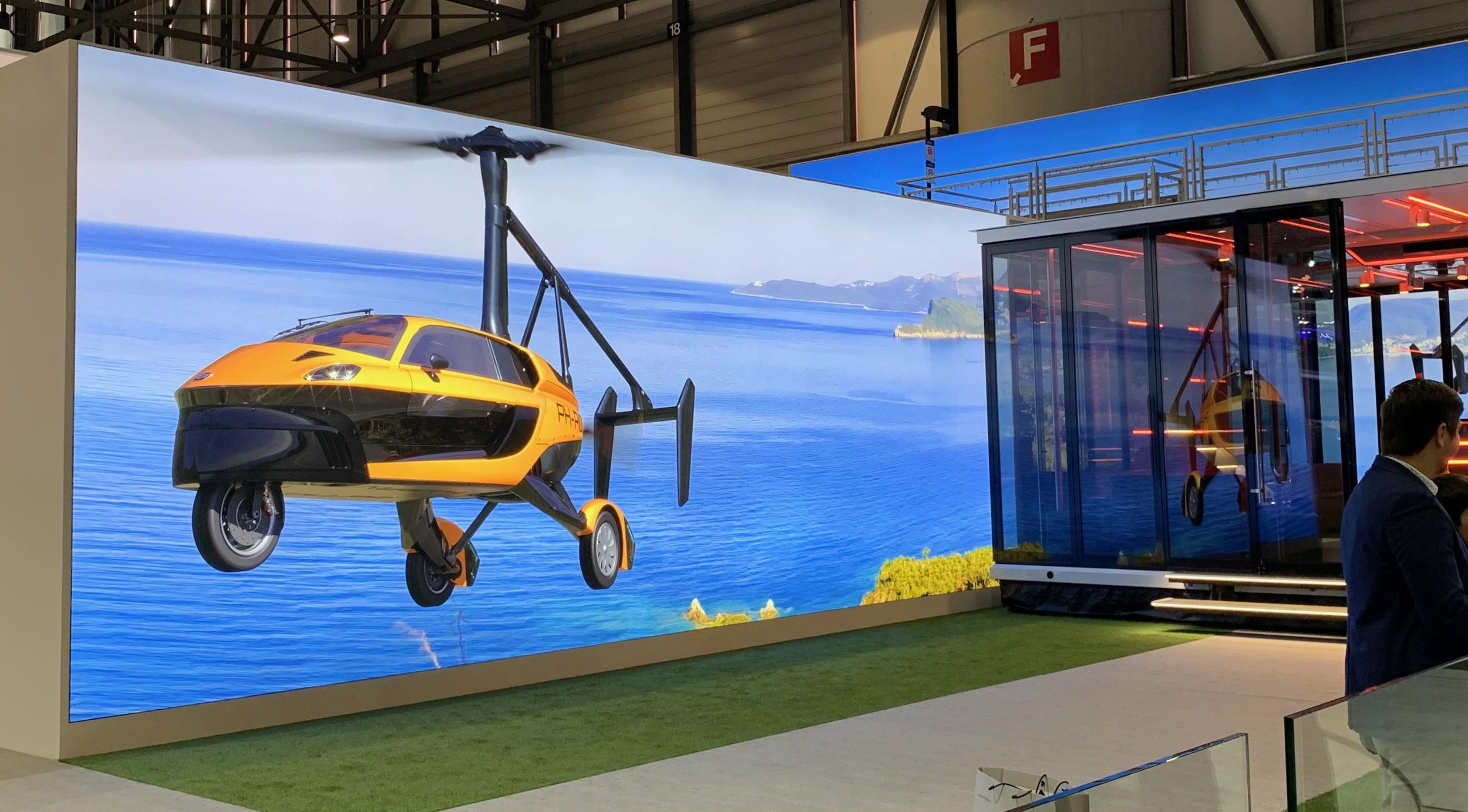 FlyingCar.JPG