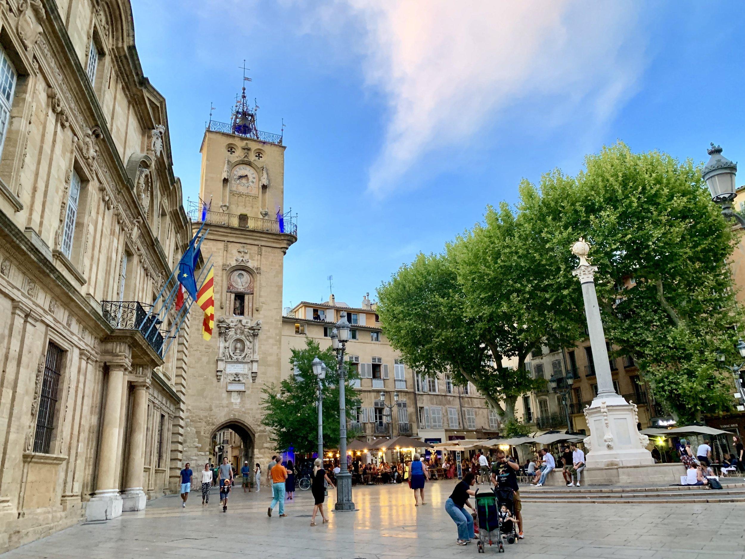Aix-en-Provence-Old-Town-3.jpg