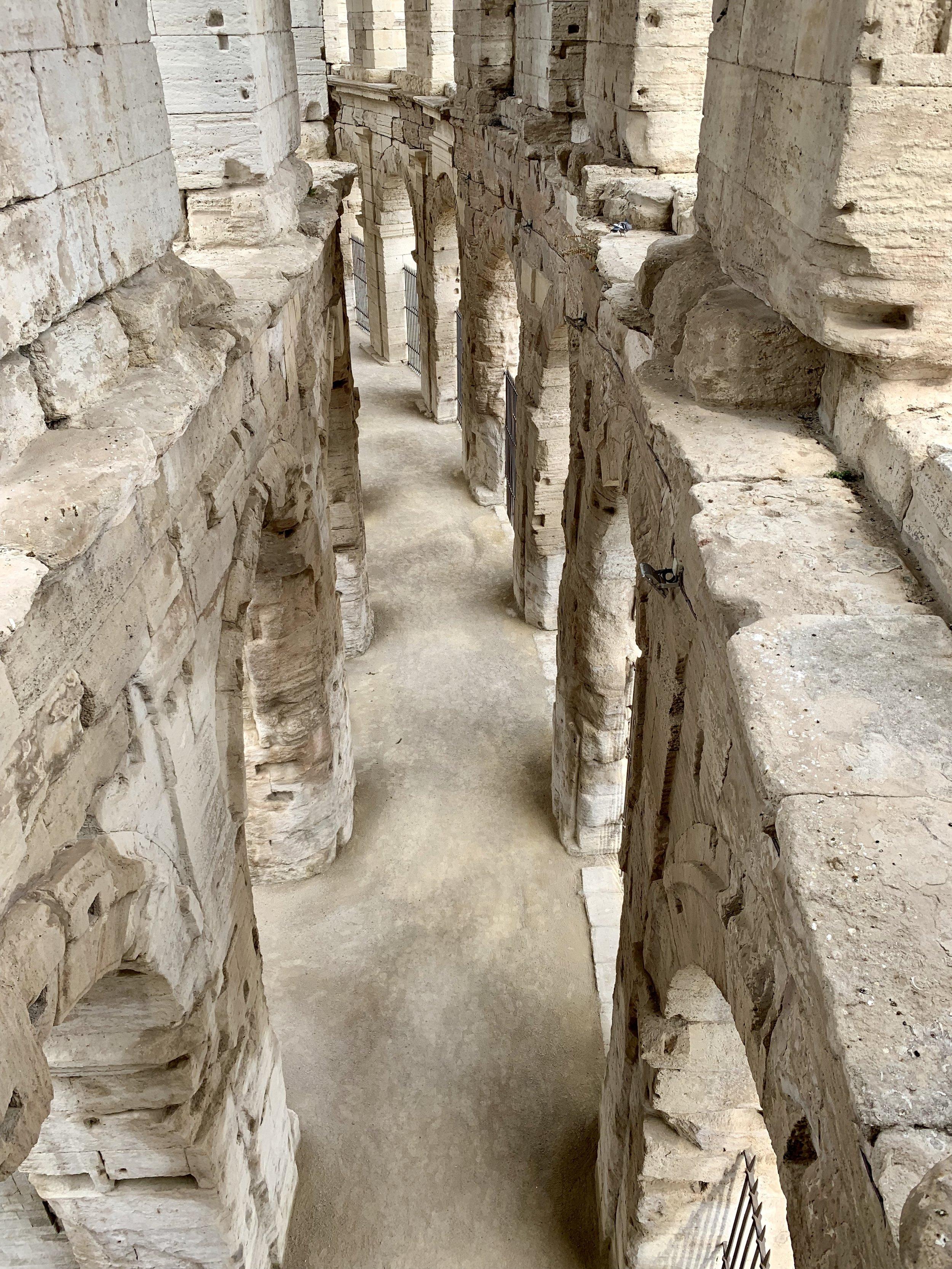 Arles-Roman-Arena.jpg