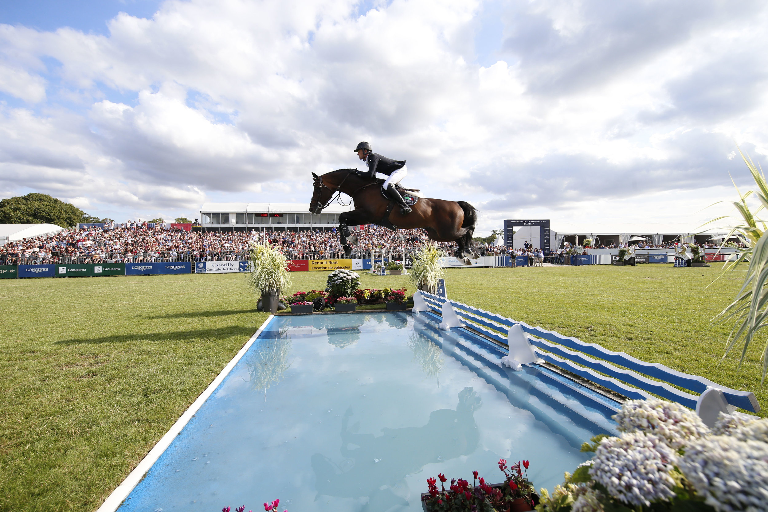 Darragh Kenny and Balou Du Reventon in the Longines Global Champions Tour Grand Prix of Chantilly. Photo by_ LGCT-Stefano Grasso.jpg
