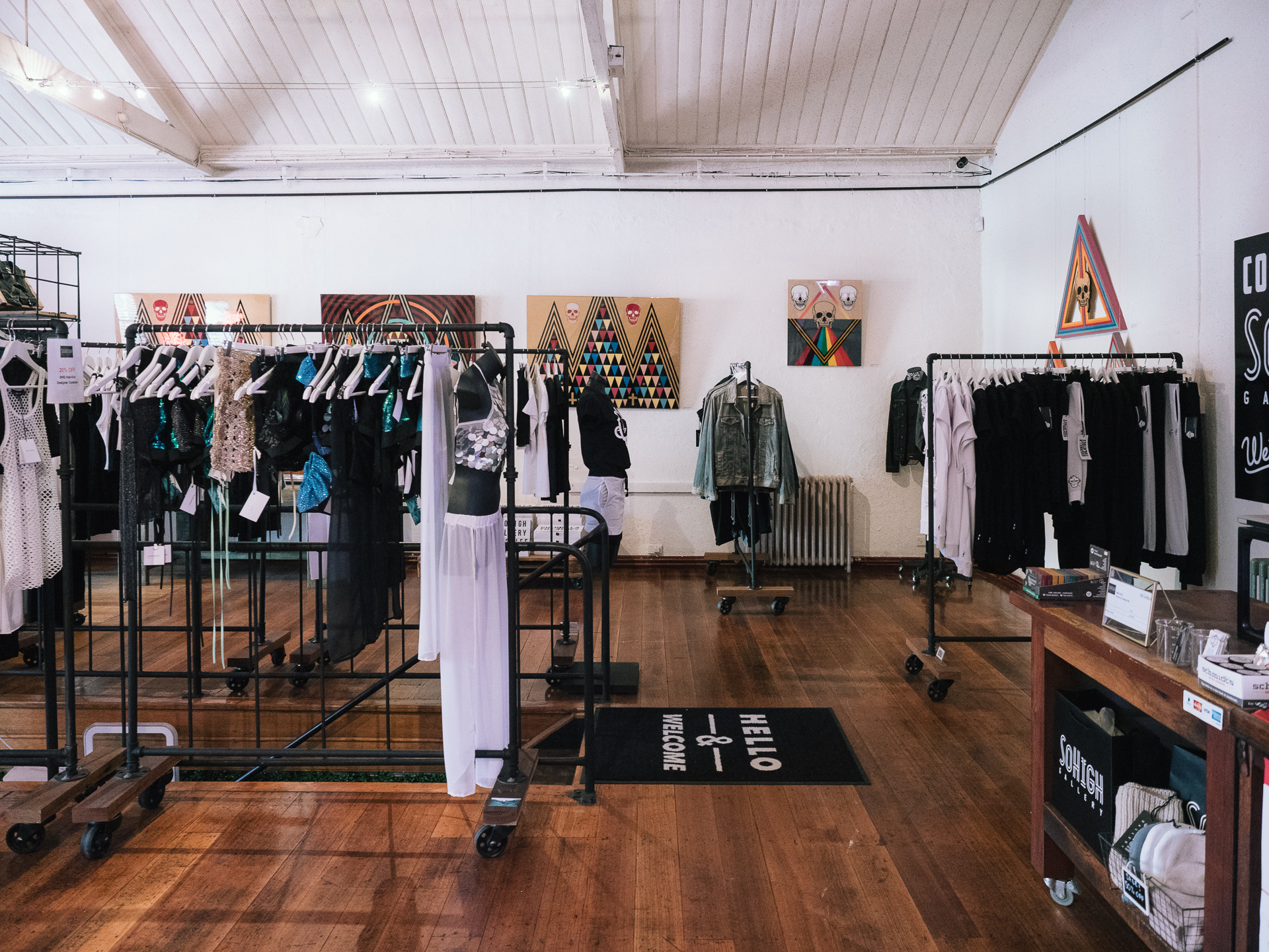 fashion-space-05.jpg