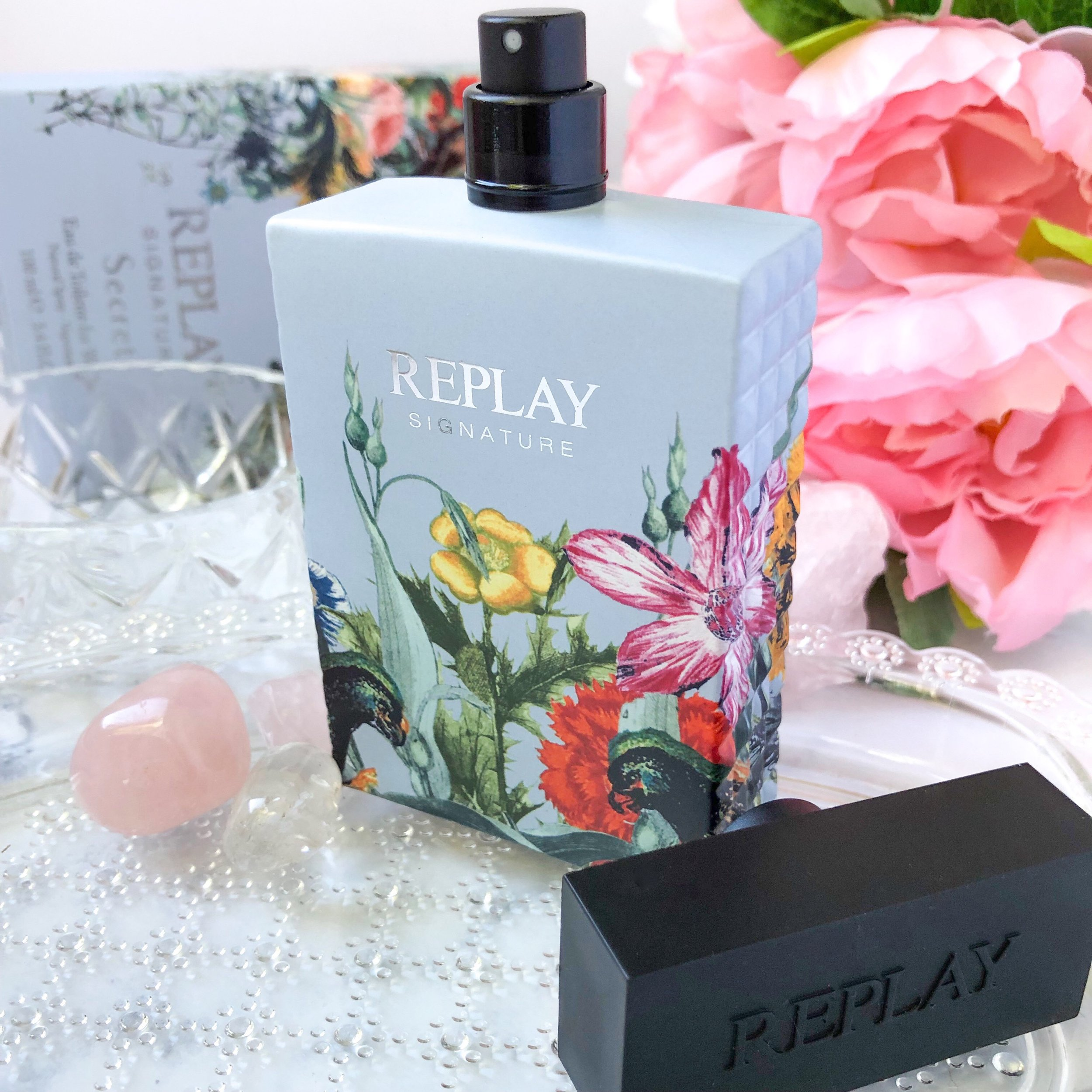 REPLAY Secret Perfume.jpg