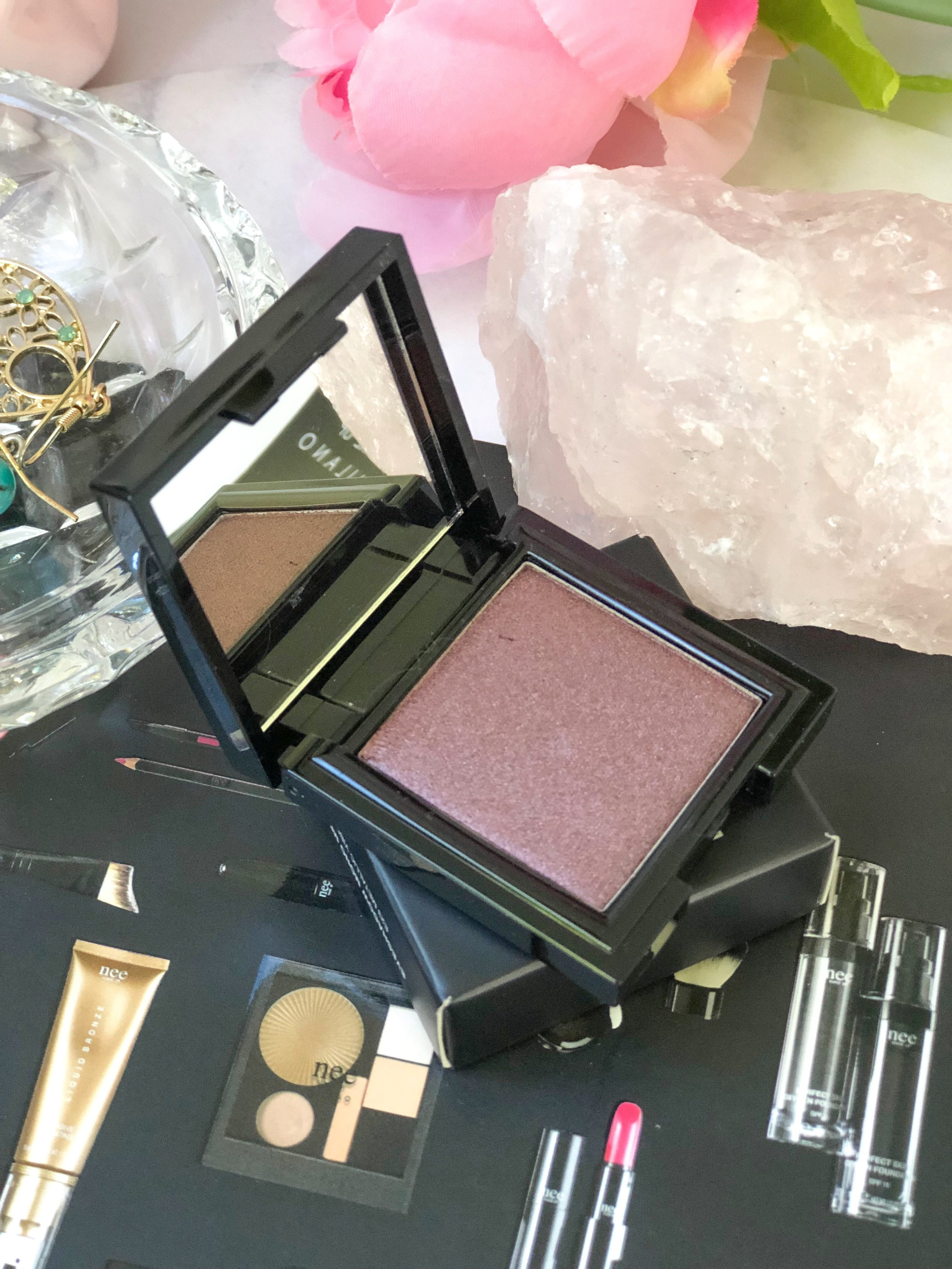 Nee Makeup Eyeshadow mono Metallic.jpg