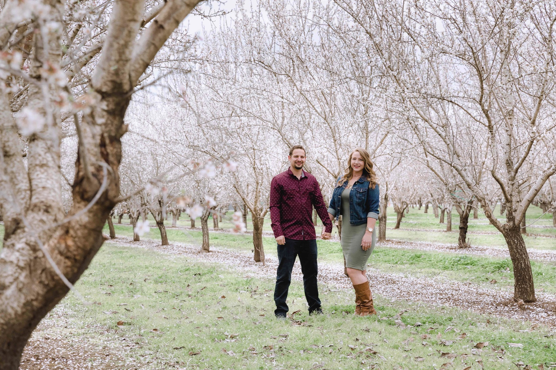 Chico blooming orchards engagement photos3.jpg
