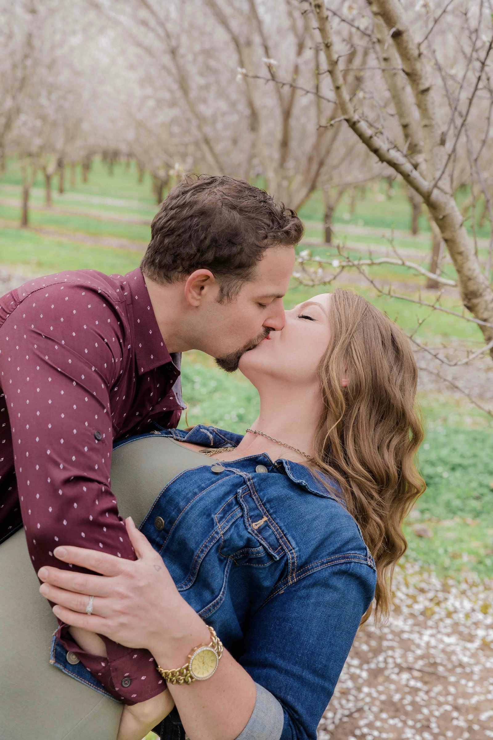 Chico blooming orchards engagement photos11.jpg
