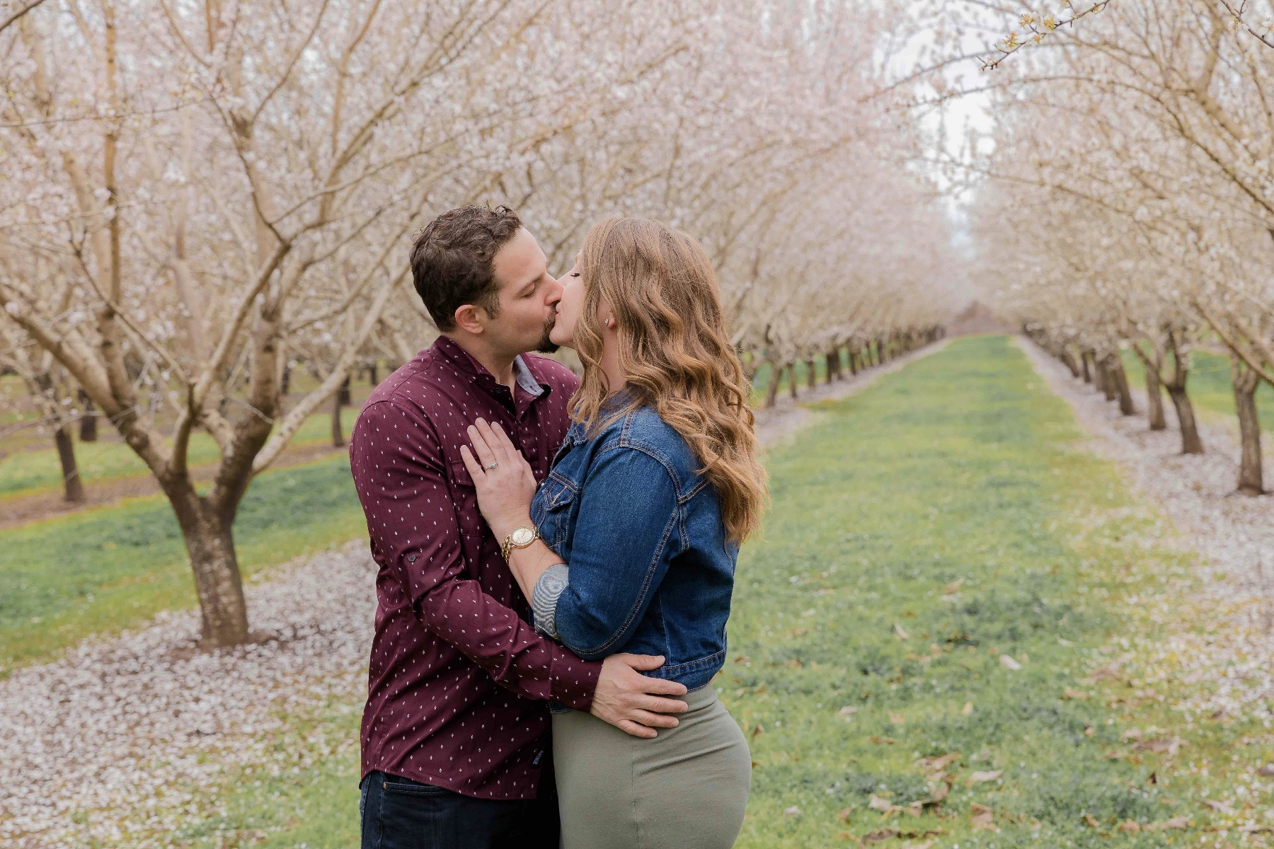 Chico blooming orchards engagement photos16.jpg
