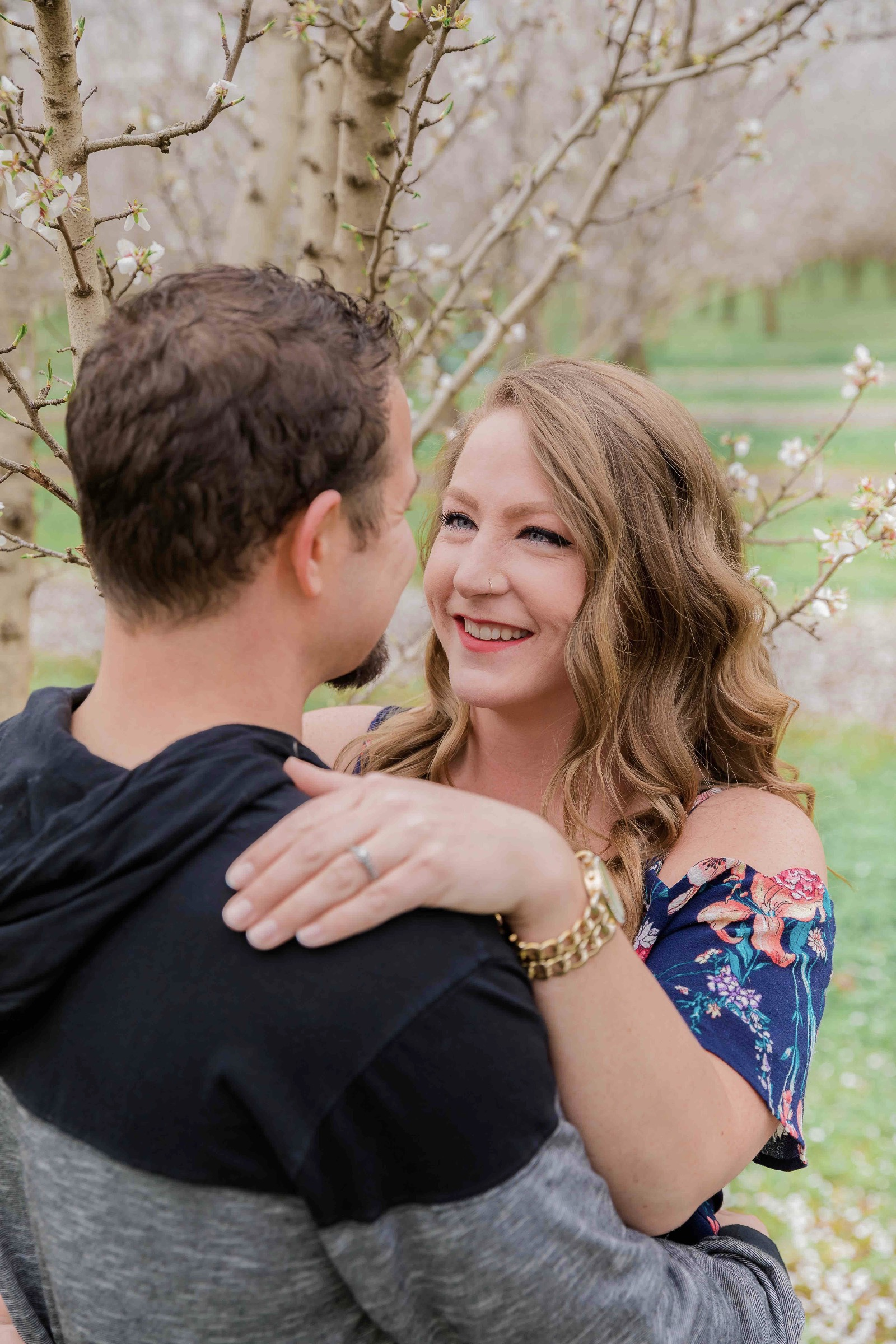 Chico blooming orchards engagement photos20.jpg