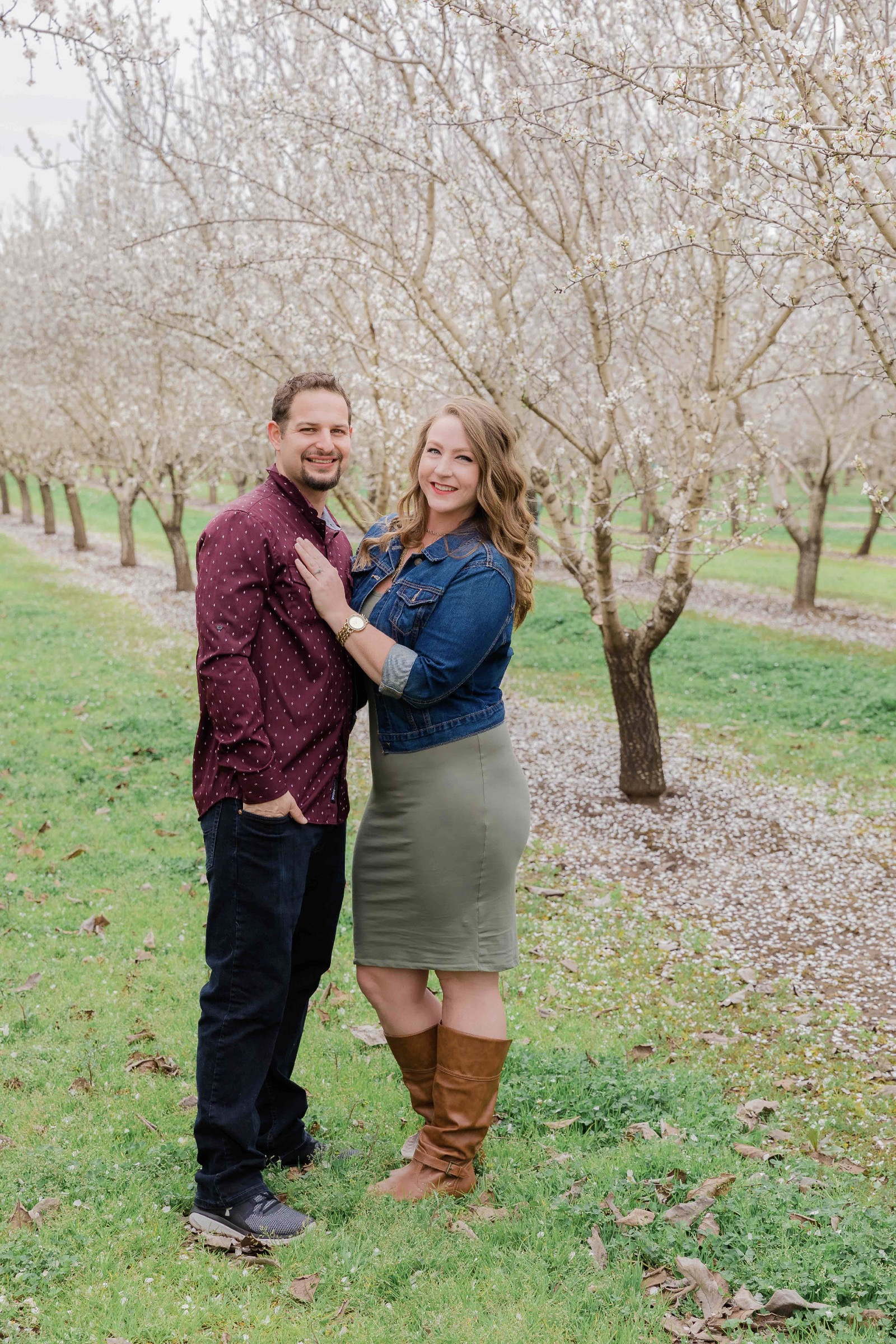 Chico blooming orchards engagement photos21.jpg