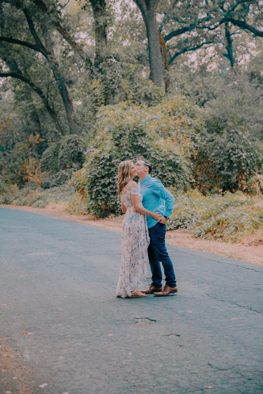 Chico-CA-engagement-photography-Bidwell-Park-86.jpg