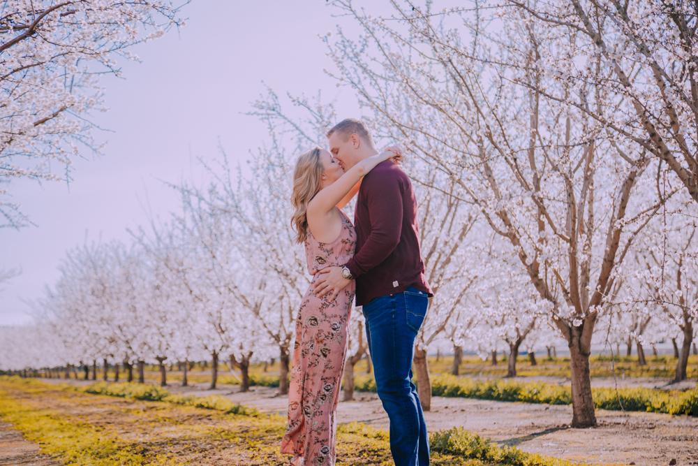 Engagement-photoshoot-chico-sacramento-blooming-orchard8-2.jpg