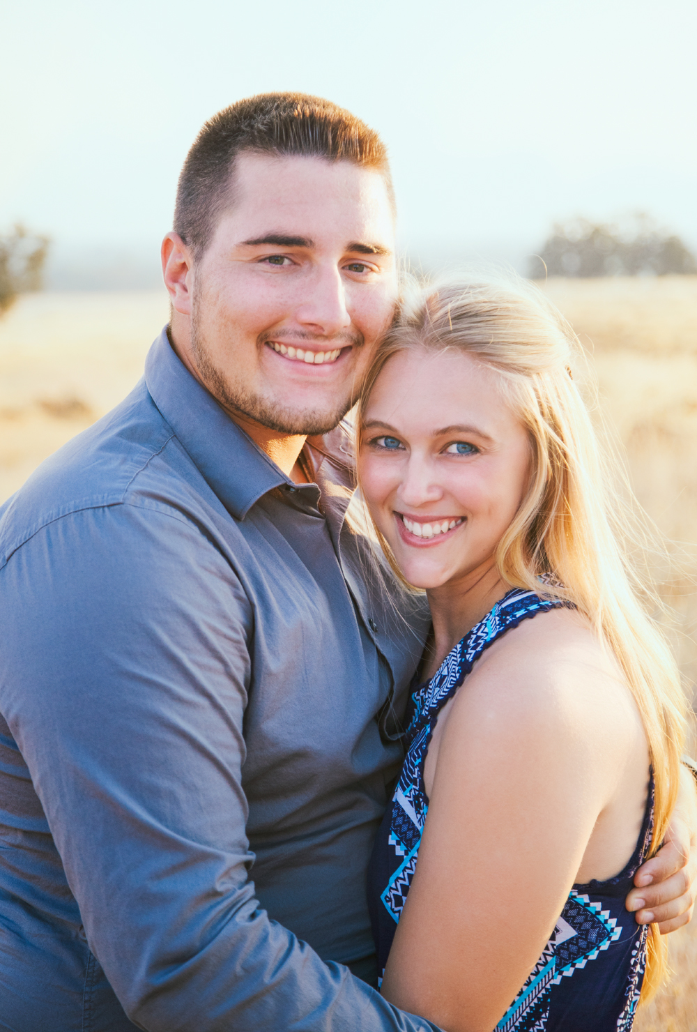 Couple-photoshoot-in-Chico-Upper-Bidwell-Park.jpg