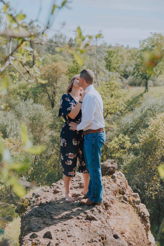 Sprin-Engagement-Photoshoot-Upper-Bidwell-Park-Chico-California17.jpg