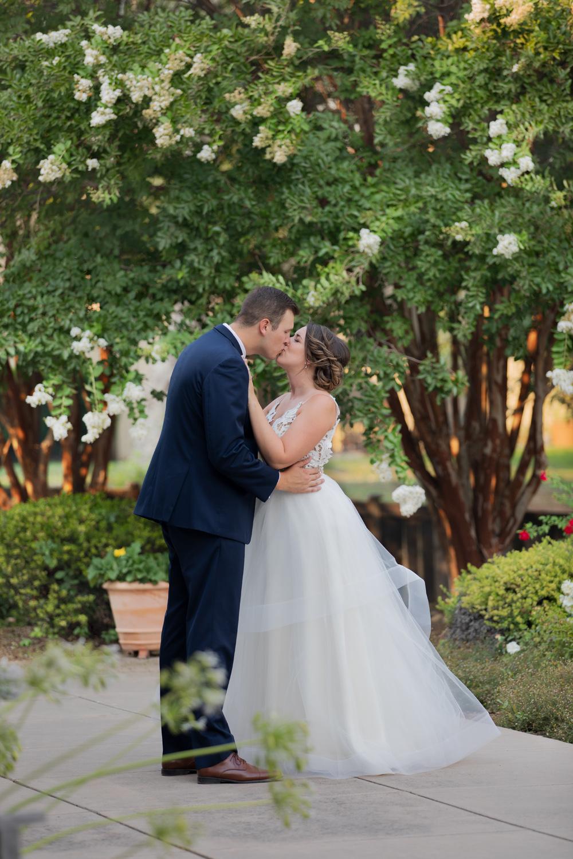 Chico-Ca-Wedding-Photographer-Lakeside-Pavilion-41.jpg
