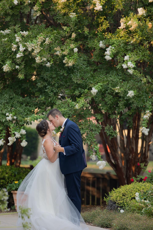 Chico-Ca-Wedding-Photographer-Lakeside-Pavilion-42.jpg