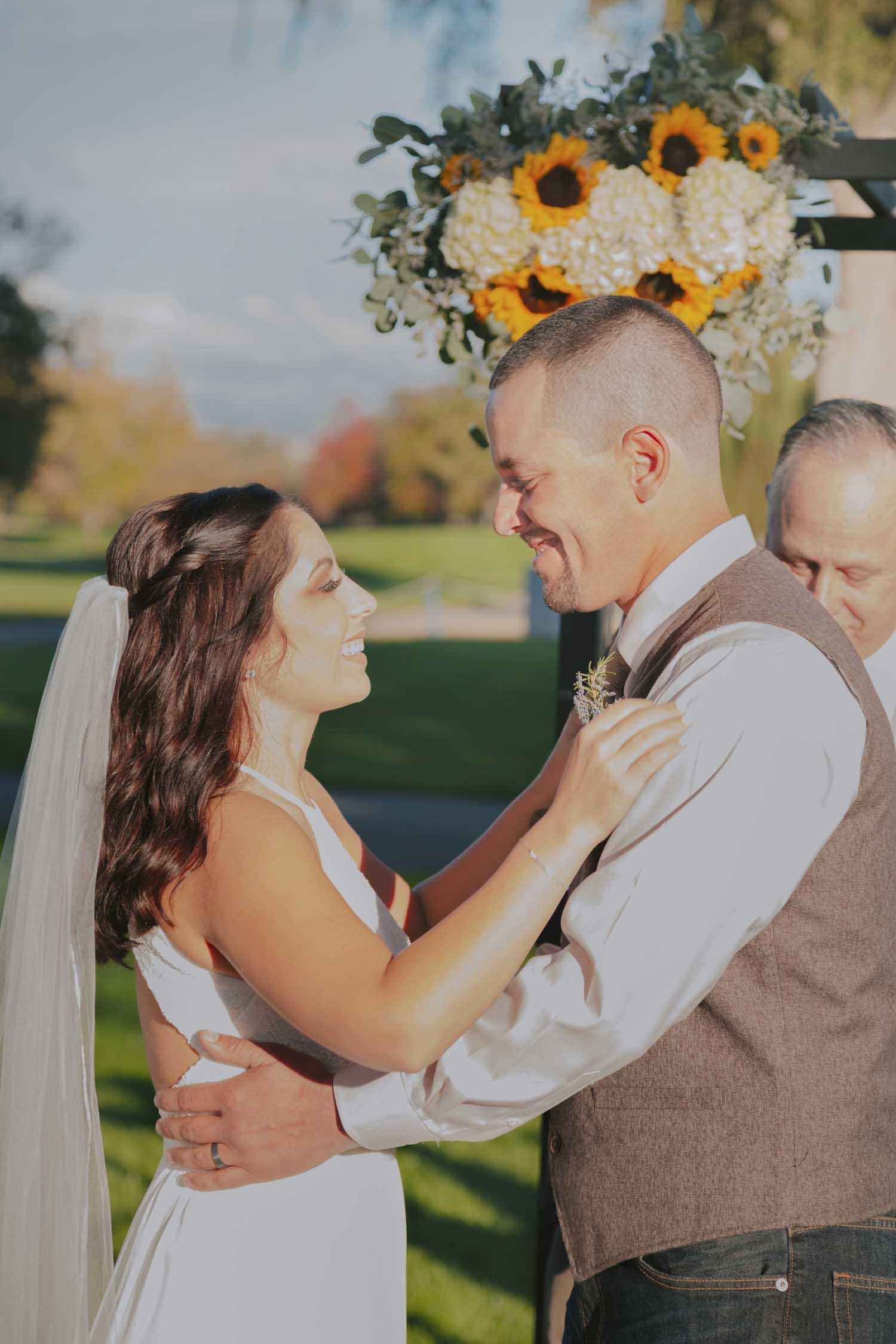 Bonnie-Scott-Rustic-Wedding-Chico-Ca-Butte-Creek-Country-Club2Bonnie-Scott-Rustic-Wedding-Chico-Ca-Butte-Creek-Country-Club6.jpg