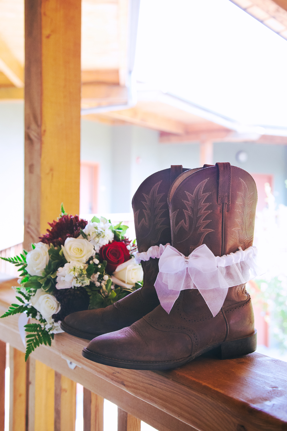 Rustic-Forest-Country-Wedding-Chico-CARustic-Forest-Country-Wedding-Chico-CA4.jpg