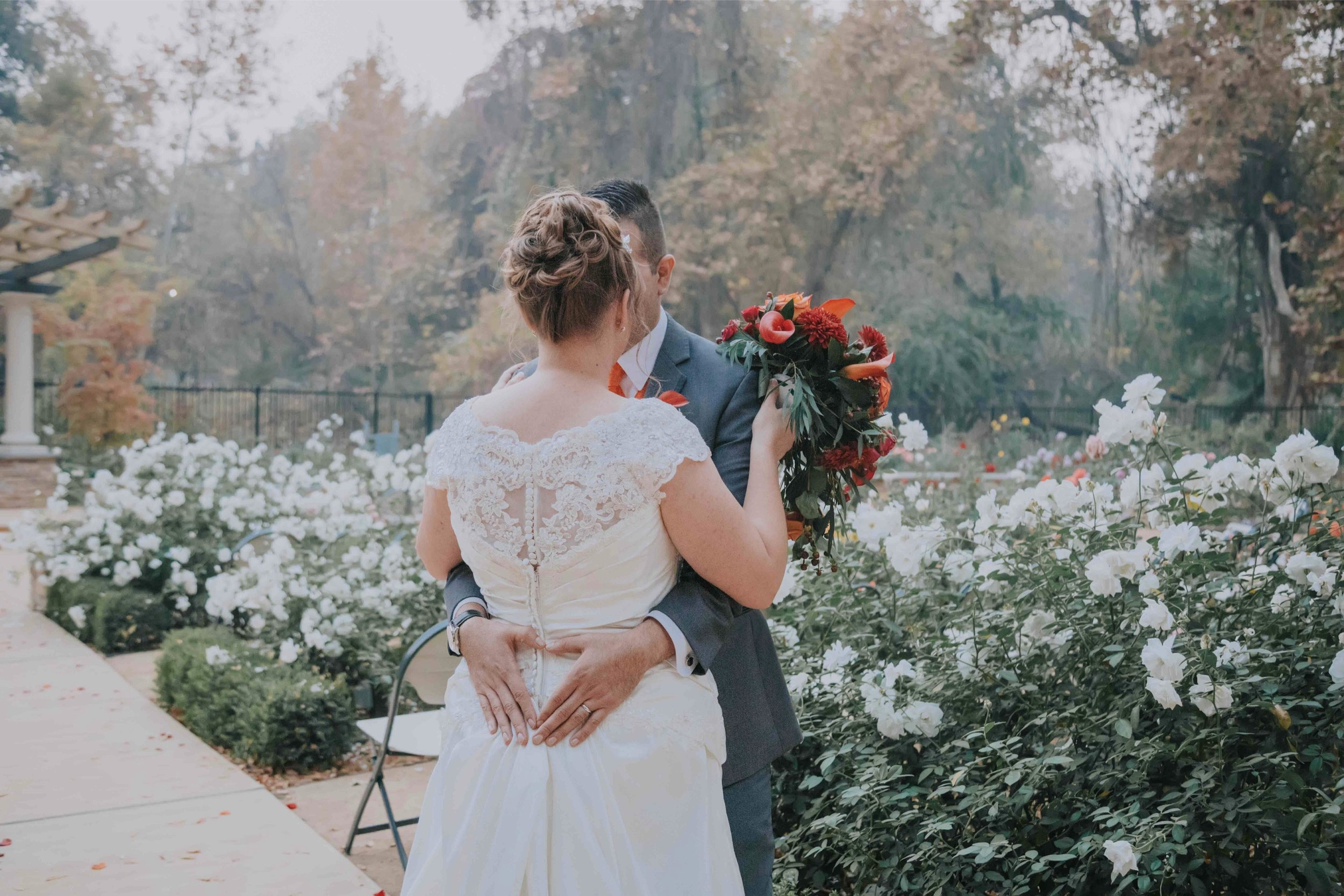 Creekside rose garden wedding photography chico_18.jpg