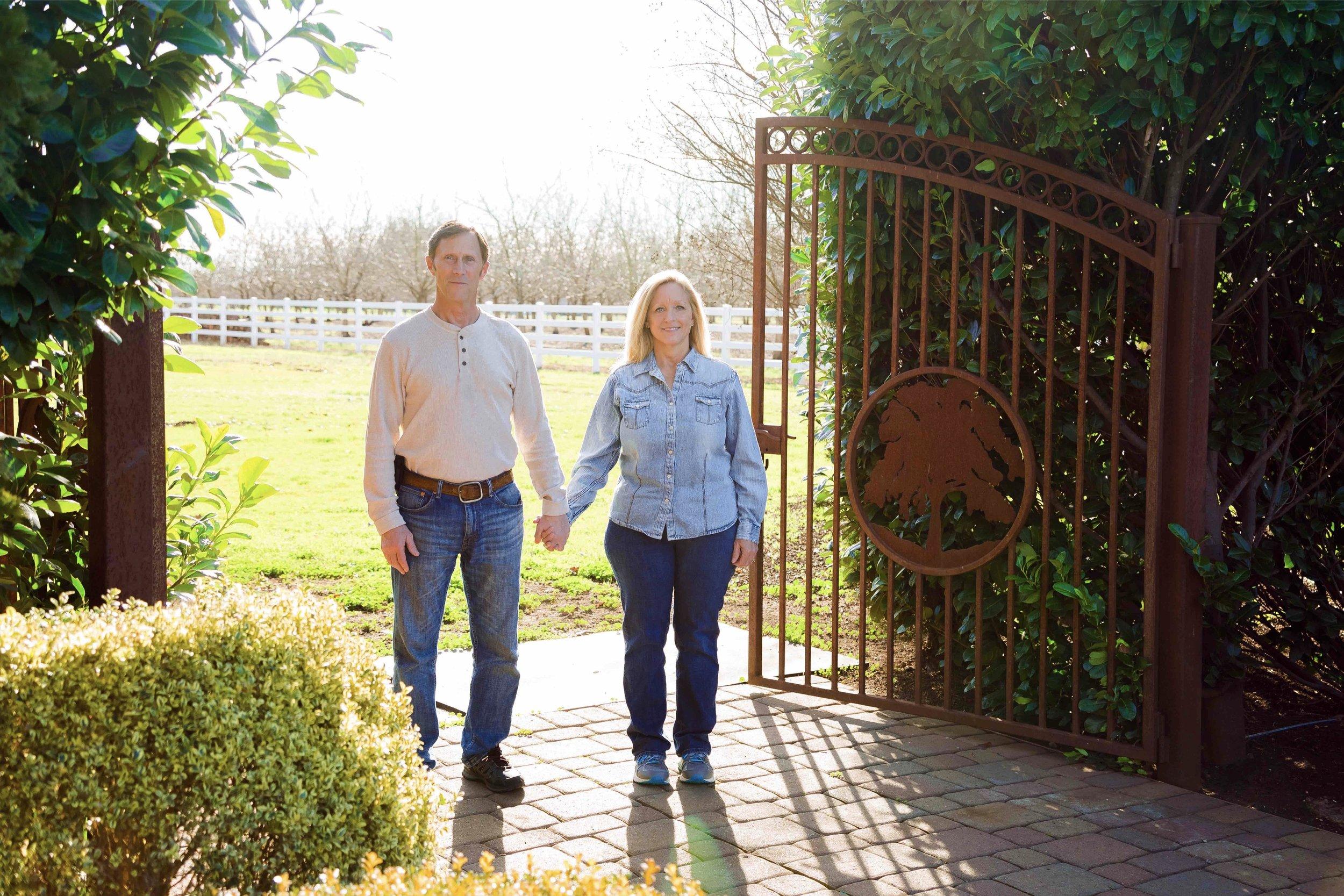 Iron Gate Inn Chico California Wedding Photographer 12.jpg