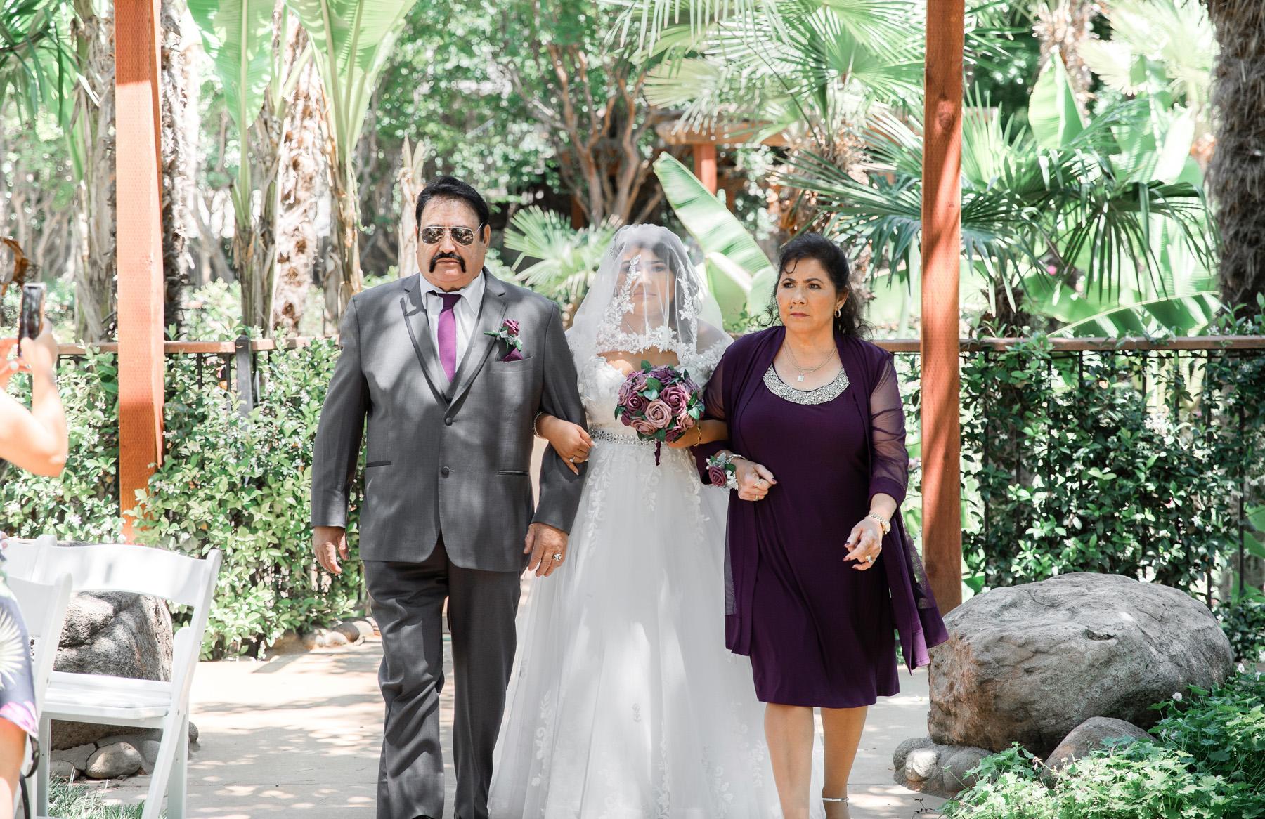 The Palms Hotel Chico Wedding Photos_17.jpg
