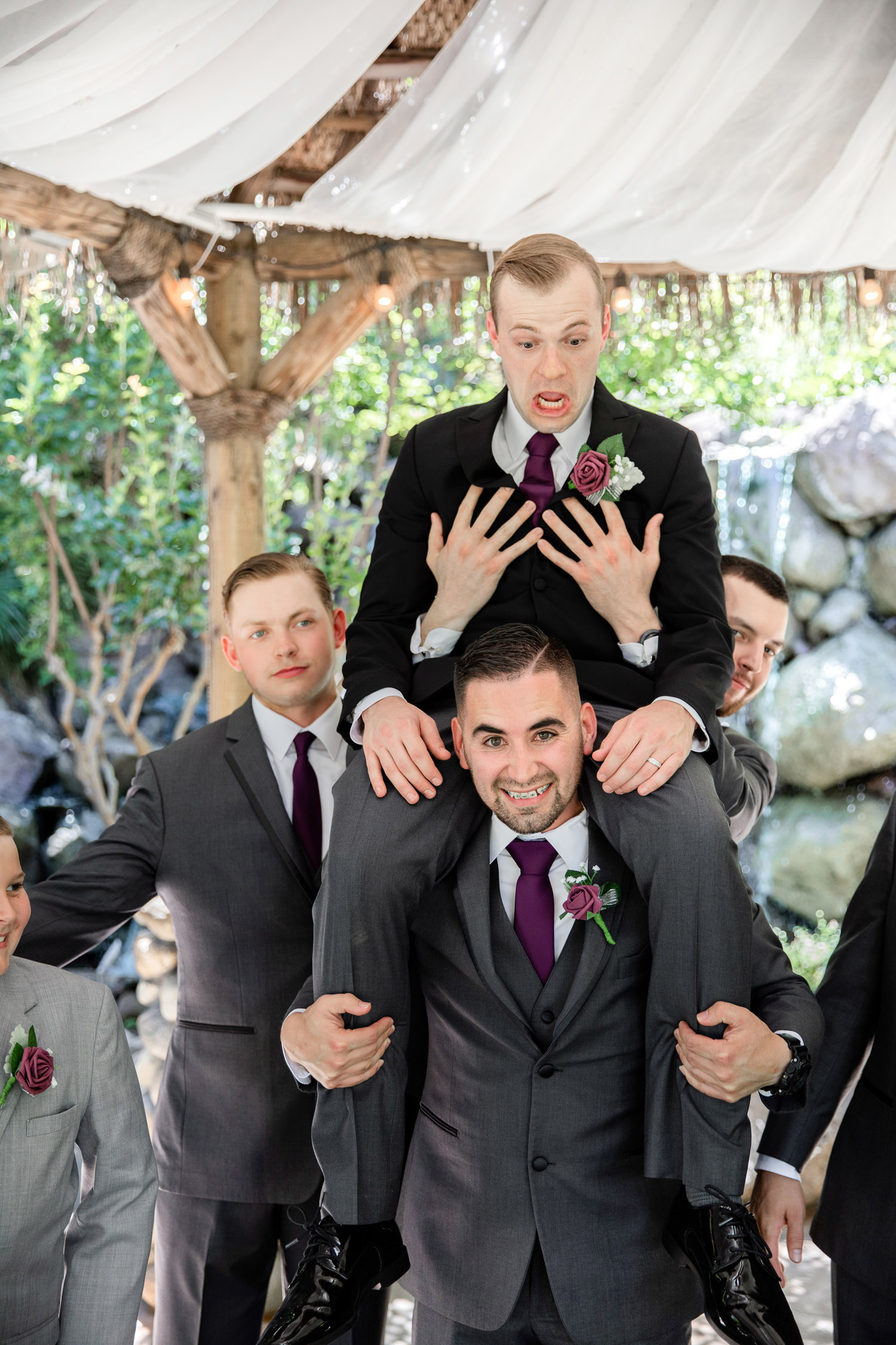 The Palms Hotel Chico Wedding Photos_14.jpg