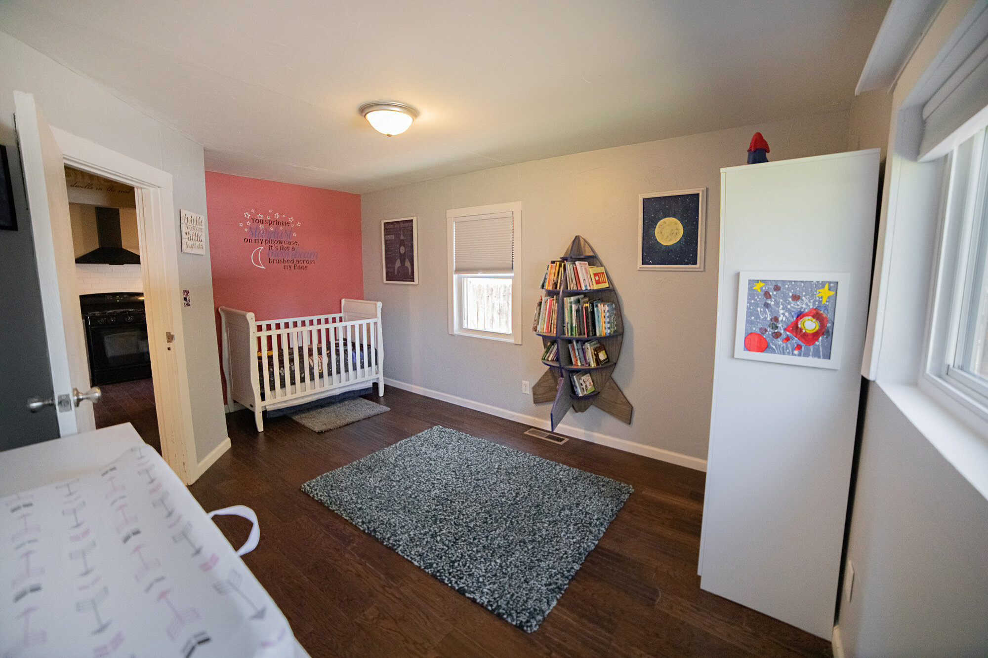 Bedroom - 02.jpg