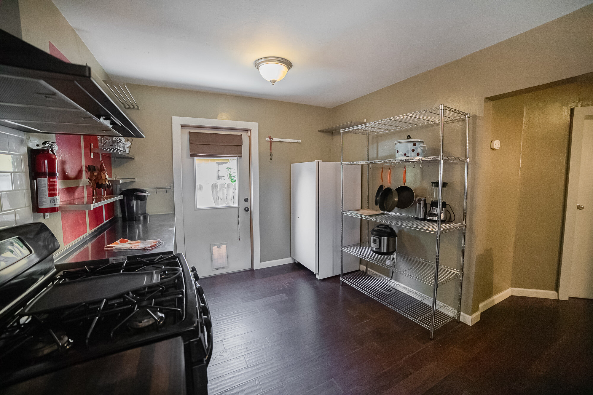 Kitchen - 05.jpg