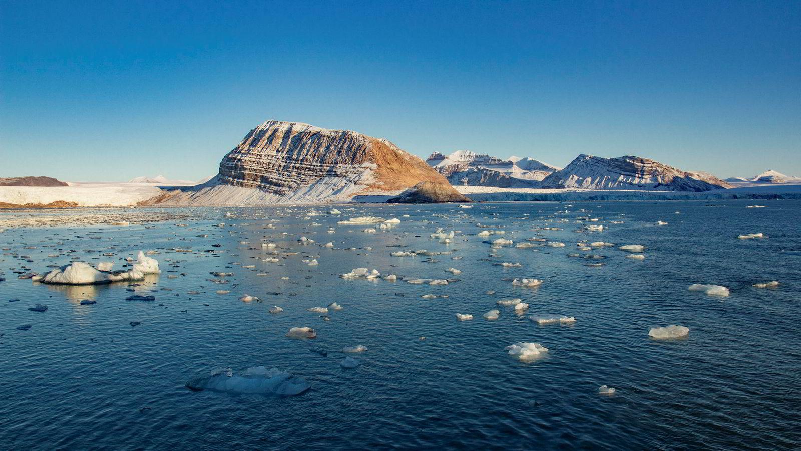 Isen smelter, også i Norge. Foto: Are Føli / NTB Scanpix