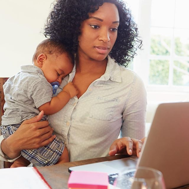 No matter where you work, breastfeeding comes with a variety of challenges. Here is our ultimate guide to surviving breastfeeding at work when you want to go the extra mile for your baby. ⠀ ⠀ Link in the bio - The Ultimate Guide to Surviving As a BreastFeeding Working Mom⠀ ⠀ #lactl #lactlscreens #empoweringpumping #breastfeedingmama #breastfeedingatwork #knowyourrights #saynotobathrooms #nursing #breastfeedingsupport