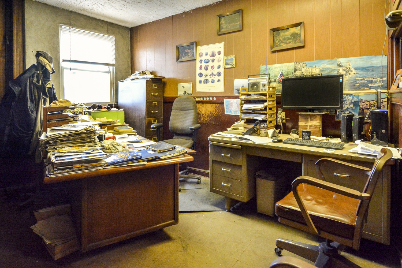 VINTAGE OFFICE - 2ND FLOOR - specs-vintage-office