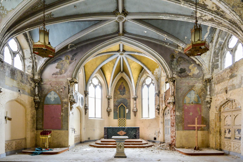 1800'S CHAPEL - specs-1800s-chapel