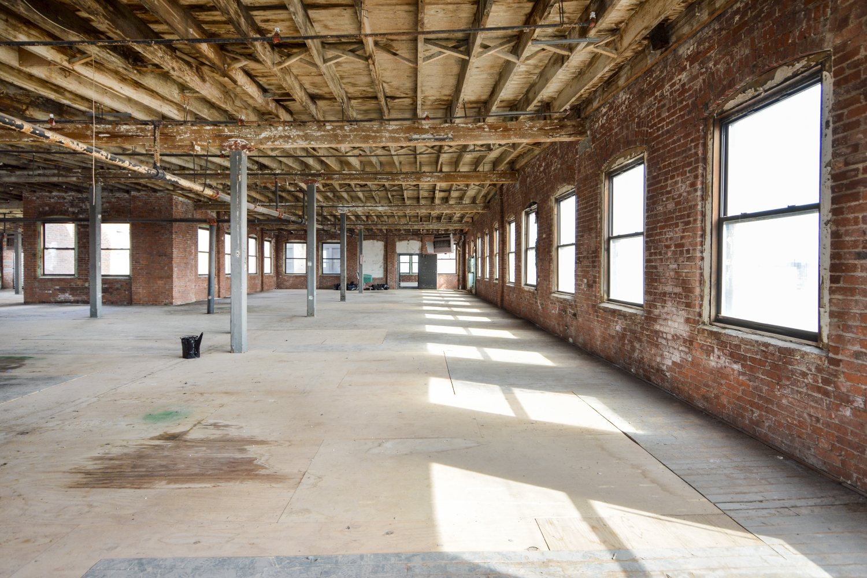 EMPTY BRICK LOFTS - specs-empty-brick-lofts