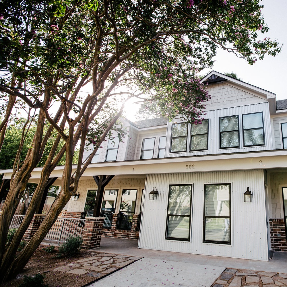 906 Daughtry Ave. -