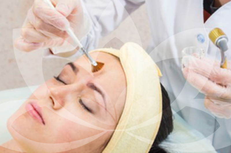 Dermaroller Treatment - The Dermaroller is an innovative hand-held piece of equipment designed to rejuvenate and resurface the skin hence is a popular treatment to reduce acne scars.