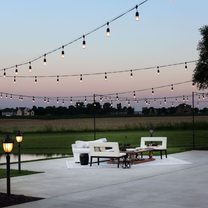 SOCIAL - The perfect setting for a dinner under the stars, a family gathering or a special occasion.
