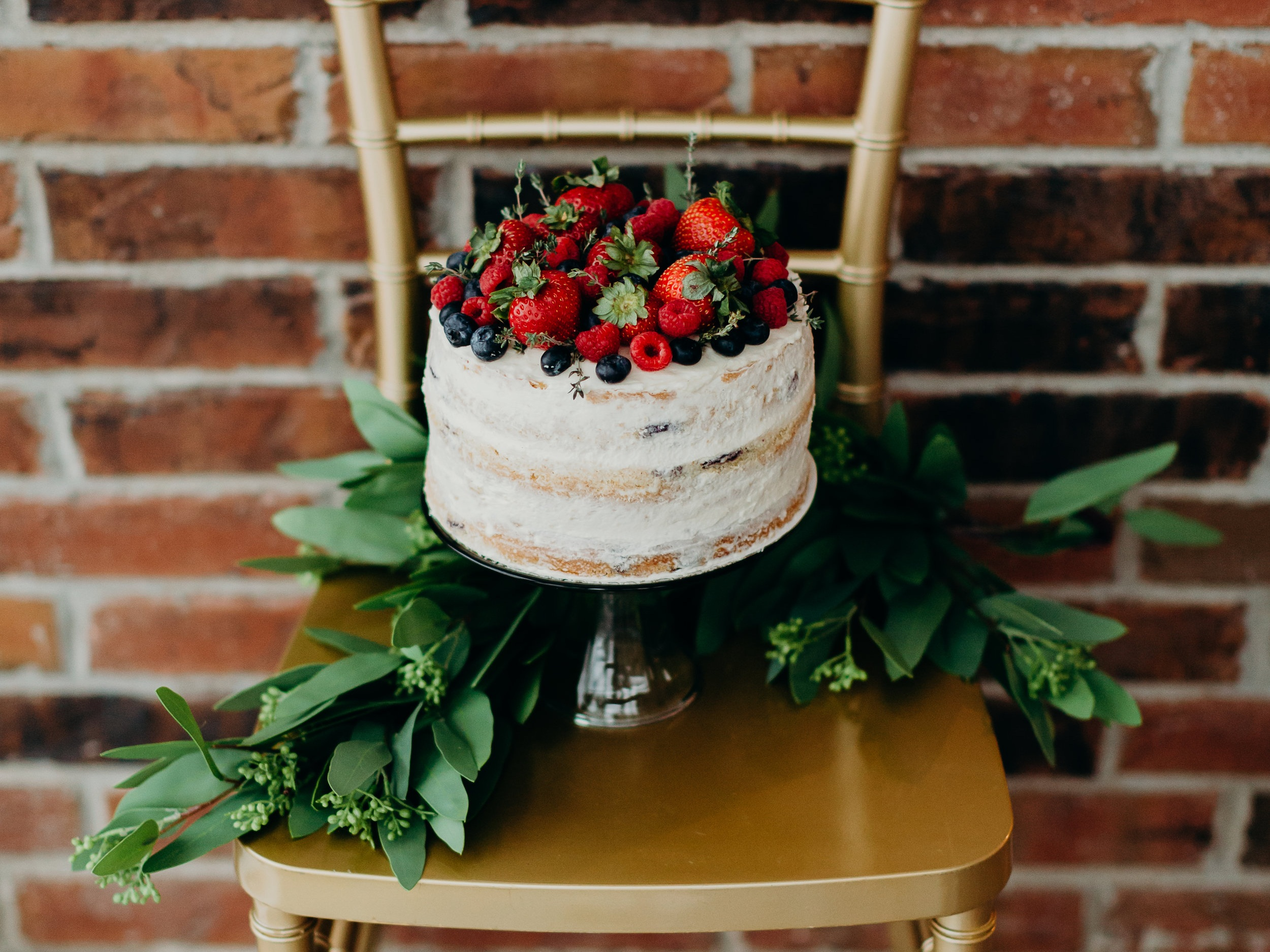 PARTIES & EVENTS - Here at Social Graces we love a good party, whether it be a birthday, a corporate event, or a charity gala.