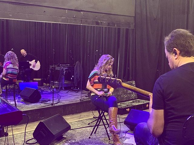 More rehearsals today! Practice makes perfect, y'all! 🤘🏻💕