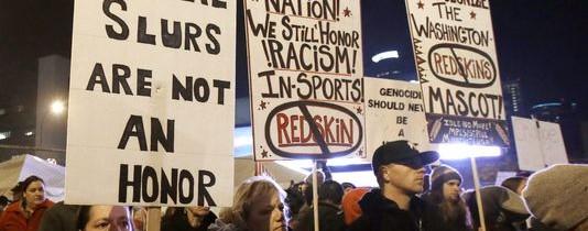 Redskins-protest-at-Minnesota-Vikings-Metrodome-November-2013-534x210.jpg