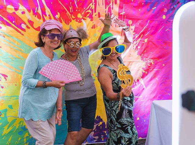 Add some color to your booth rental with a crazy backdrop!