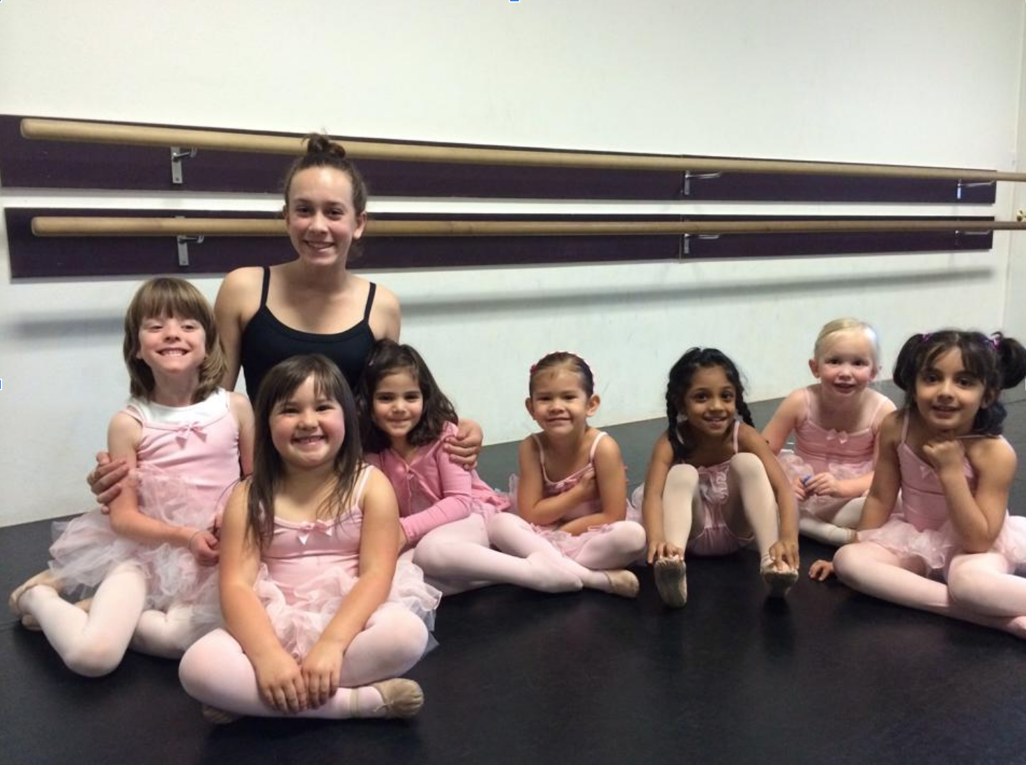 LEADERSHIP - Dance Class Teaching Assistant at 1 Class per week (September through May) totaling 40 hours per year (80 hours for promotion).Classes that are the dancers' age group and level and below at any TDA location.Must Attend Mandatory Class Assistant Training in January.